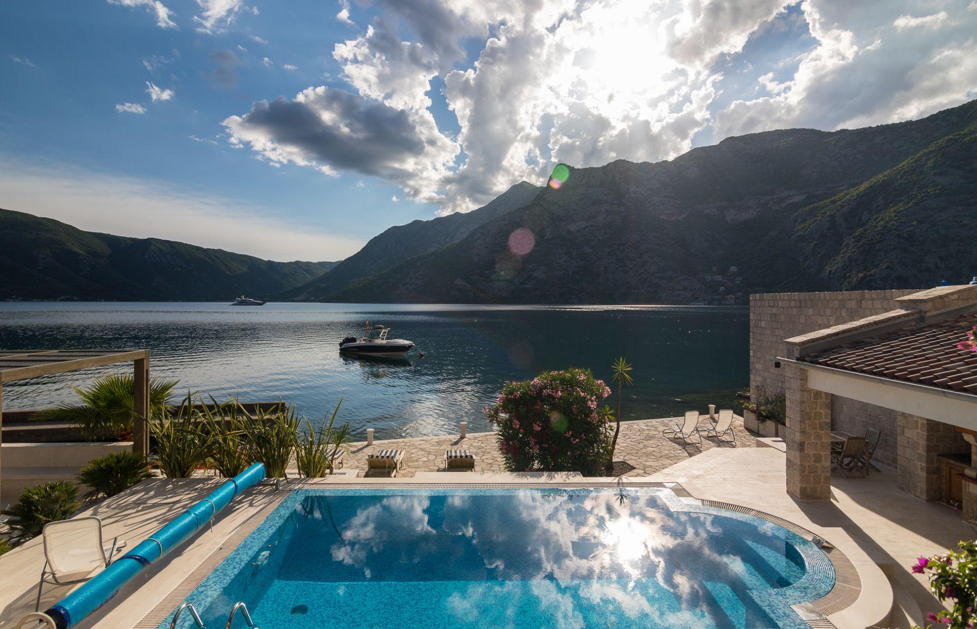 Вилла в черногории недвижимость бенидорм