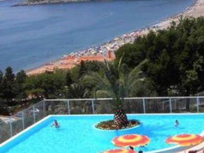 Жизнь и природа Черногории, плюсы и минусы переезда и покупки недвижимости